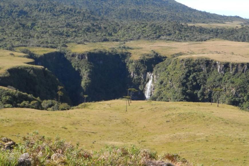 Cachoeira Espraiado